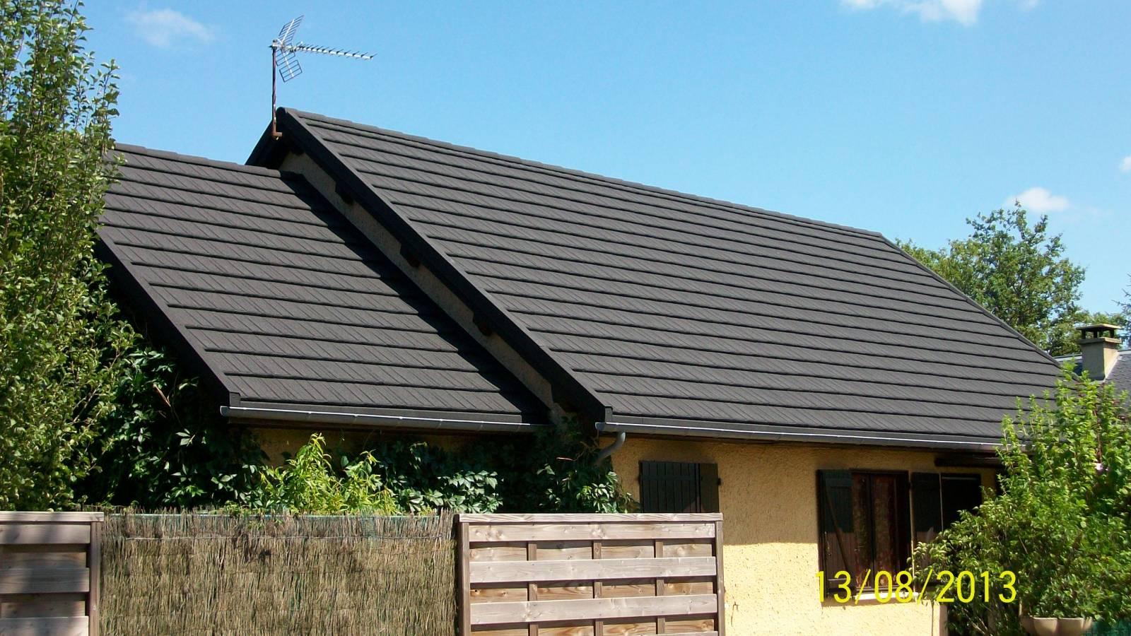 r novation d une toiture shingle en sur toiture fabrication livraison de tuiles lyon. Black Bedroom Furniture Sets. Home Design Ideas